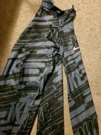 black and gray camouflage pants Vancouver, 98686