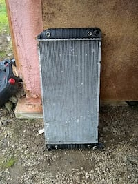 Radiator 1995 Chevrolet pickup Gold Hill, 97525