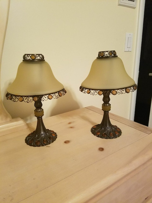 Tea light lamps by Candle Lite