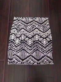 New forever 21 skirt size small. Colton, 92324