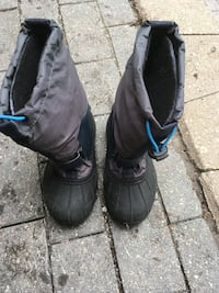 pair of black leather boots Steinbach, R5G 0X6