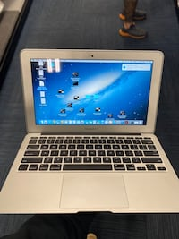 "2015 11"" MacBook Air Fort Campbell, 42223"