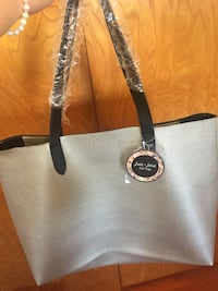 New grey beach bag never used
