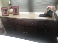 Brown wooden dresser with mirror Chevy Chase, 20814