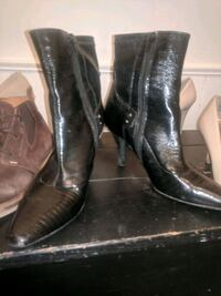 pair of black leather boots Saskatoon, S7N 1S5