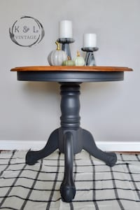 Refurbished round side table 32 km