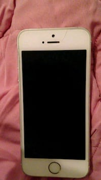 white iPhone 5s  Knoxville, 37920