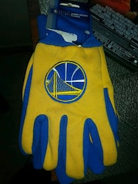 pair of yellow-and-blue Golden State Warrior glove Sacramento, 95838