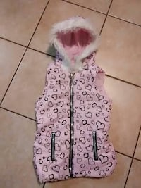 pink and black heart-print zip-up hooded vest Reading, 19601