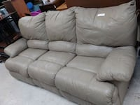 Leather couch 645 mi