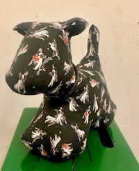 Authentic Ted Baker Dog Door Stop.  Toronto, M3A 0A4