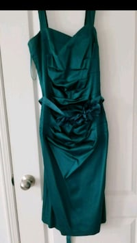Le Chateau Ladies dress size xs Oshawa
