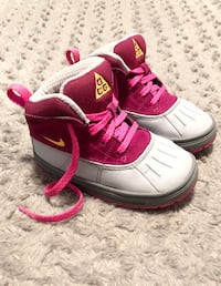 Kids Nike ACG Woodside 2 Shoes paid $78 Size 7C Excellent condition