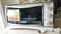 Brand new Black & Decker toaster oven