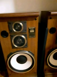 brown and black Fisher speakers Bronx, 10458