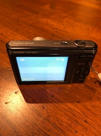 Sony DSC W810 camera with 3 batteries!!!