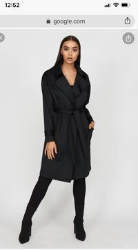 Trench coat size small brand new with tag Surrey, V3W 2S1