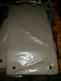 Q50 floor mats new Sterling, 20164