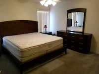 Cal King Bedroom Set excellent condition