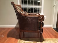 Solid wood Chair manufactured by Haverty's. Fredericksburg, 22406