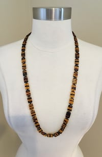 "Beautiful Amber Necklace (29"") 379 mi"