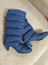 United Nude Blue Quilted Down Puffer Boots Gainesville, 20155