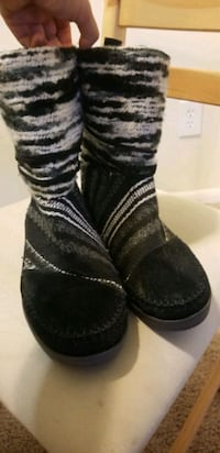 Tom's womens boots