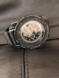 round silver-colored chronograph watch with link bracelet Los Angeles, 90049