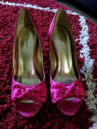 3 Pairs High Heels, Women's Size 7.5 Bothell, 98021