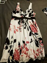 Women's Size Large dress Chattanooga, 37416