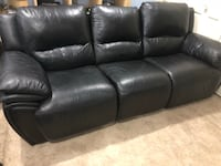 Black Reclining Leather Couch Centreville, 20120