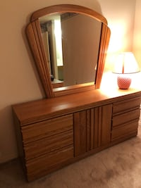 Dresser with mirror Vaughan, L6A 0N7