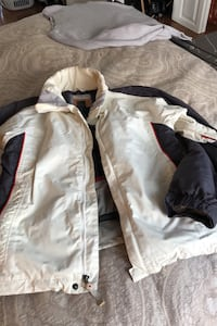 Burton Ladies Snowboard Jacket M Lightweight, snow guard, ventilation