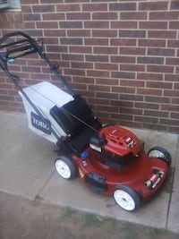 3 IN 1 SELF PROPELLED TORO MOWER Lubbock, 79423