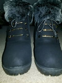 Pair of black boots, size 6.5 North Providence, 02904