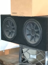 black Kicker subwoofer with enclosure Bakersfield, 93313