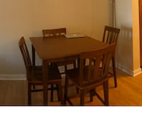 High top table with 4 counter height chairs  Falls Church, 22042