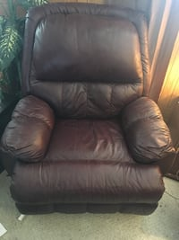 PLUSH burgundy Leather recliner