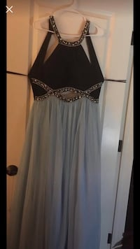 NEED TO GET RID OF Black and blue spaghetti strap formal dress size 15 Atwater, 95301