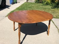 Solid wood kitchen table with 4 chairs Calgary, T2W