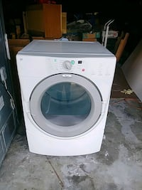 white front-load clothes washer District Heights, 20747