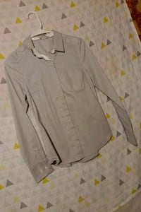 S grey and white button down shirt for woman   Gaithersburg, 20886