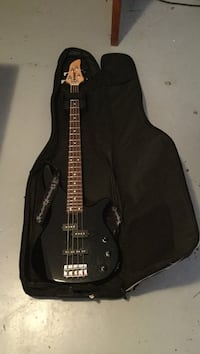 Yamaha bass and amp Penticton, V2A 2T1