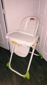 baby's white and green high chair Kissimmee, 34741