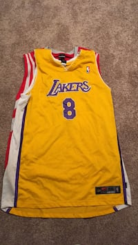 yellow and red Lakers 24 jersey Houston, 77027