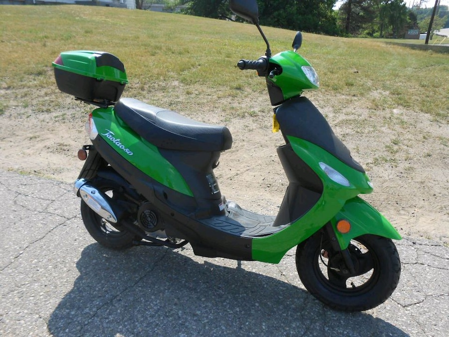 Photo Wanted: Scooter Repair / Help