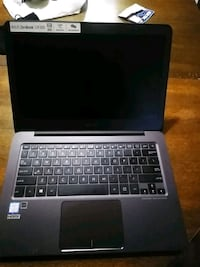 black and gray laptop computer Vancouver, V6B 0G6