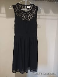 Size 4 dress Winnipeg, R3X 0A7
