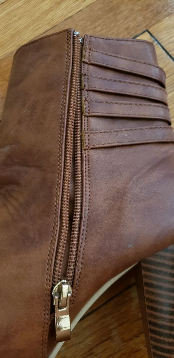 tan brown boots 75770ba8-43f2-414a-b496-6b23237f6935
