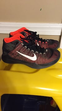Men's Nikes size 8 Hagerstown, 21740
